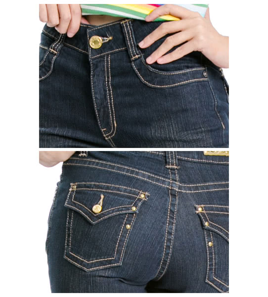 【BOBSON】寬潮作中腰金扣飾小喇叭牛仔褲(型號:9044-52)