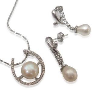 【小樂珠寶】天然珍珠耳環*蘋果美鑽款