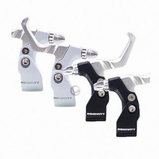 【INNOVITY】高光澤黑白烤漆 鋁合金 台灣製 自行車 C夾 煞車握把 一對(管徑25.4mm)