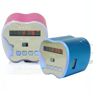 【B.A.S.S.】蘋果造型可攜式插卡收音喇叭(AL-03)