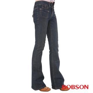 【BOBSON】女款低腰貼口袋中喇叭牛仔褲(藍53)