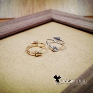 【RD 兔子公爵】現貨 經典歐美風格 個性流線平行設計三角錐造型戒指(二色)