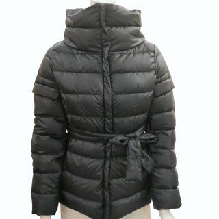 【MAX MARA】WEEKEND系列長版腰身輕量羽絨外套(黑色)