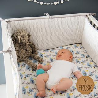 【荷蘭 FRESK】有機棉嬰兒防撞床圍(藍色小狐狸)