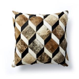 【Finara費納拉】皮草時尚-米蘭牛皮拼貼抱枕(手工拼貼馬賽克效果)