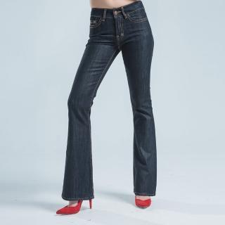 【BOBSON】低腰伸縮中喇叭褲(黑色)