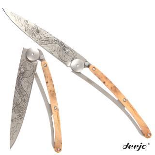 【Deejo】刺青圖騰杜松木刀柄摺疊刀(鯉魚)