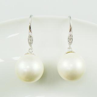 【蕾帝兒珠寶】典約白色貝珠耳環