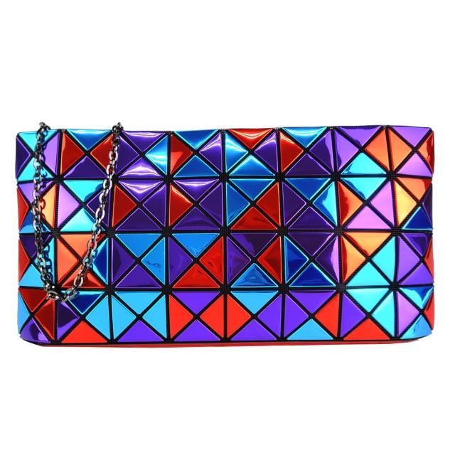 【ISSEY MIYAKE 三宅一生】BAOBAO鏡面三色方格4x8鍊帶斜背包(藍紫紅)