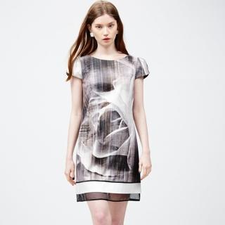【ICHE 衣哲】水墨印花拼接造型洋裝