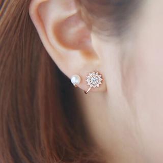 【快速出貨】韓版太陽花仿珍珠鑲鑽性感百搭耳環(G1827)