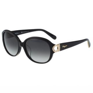 【Salvatore Ferragamo】- 時尚太陽眼鏡(黑色)