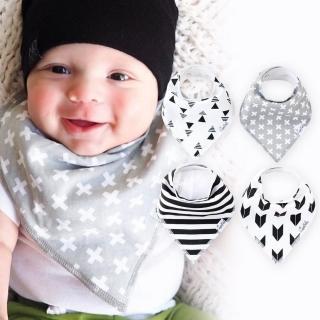 【美國 Copper Pearl】雙面領巾造型圍兜口水巾4件組 - 黑白三角條紋幾何ZACPTXZZP(快速到貨)