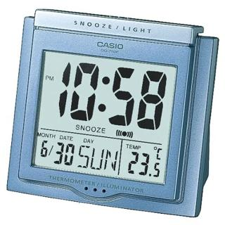 【CASIO】方形大字幕數位鬧鐘(DQ-750F-2)