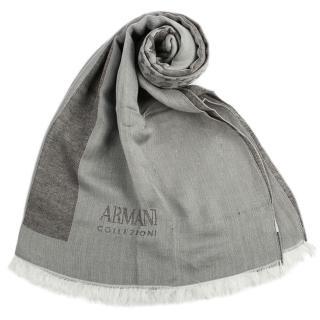 【ARMANI COLLEZIONI】簡約千鳥紋混紡寬版流蘇披肩圍巾(灰色)