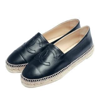 【CHANEL】經典Espadrilles小香LOGO小羊皮厚底鉛筆鞋(深藍-G29762-DARK NAVY)