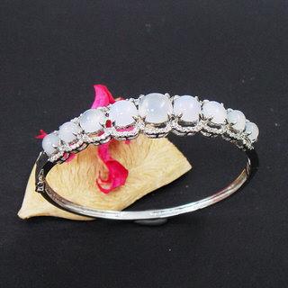 蕾帝兒珠寶 -經典玉髓手環