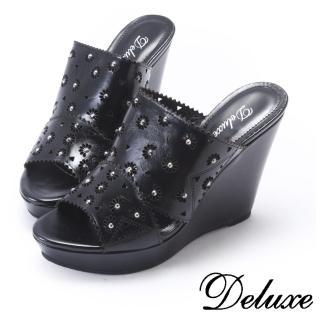 【Deluxe】可愛縷空花朵水鑽楔行拖鞋(黑)