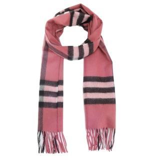 【BURBERRY】經典格紋100% 喀什米爾羊毛圍巾(草莓粉)