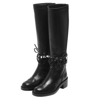 【CHANEL】經典雙C車紋LOGO皮革抽繩交叉裝飾小牛皮低跟長靴(黑-37.5 G32251-X48047-BLK-37.5)