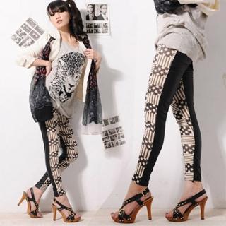 【Lady c.c】超普怪怪少女幾何內搭褲(黑白)