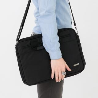 手提包 型男品味精緻尼龍公事包.側背包 可放A4文件.小筆電 簡約素面風格(玖飾時尚)