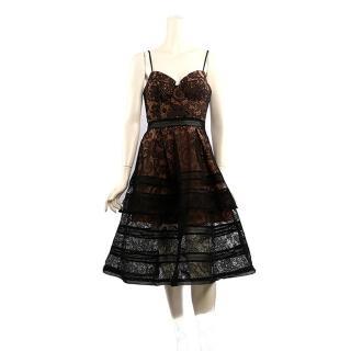 【SELF-PORTRAIT】罩杯式細肩帶蕾絲長洋裝(黑色)
