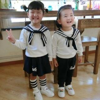 【小衣衫童裝】小童版男女生學院風套裝(1050926)