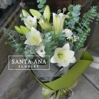 【Santa Ana】清新雅韻花束(百合尤加利組合花束)