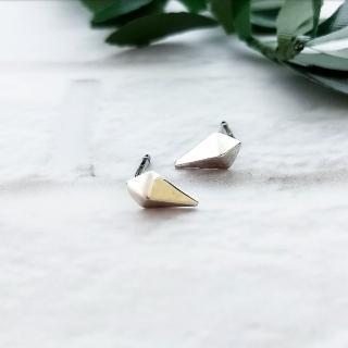 【DoriAN】小鉚釘龐克rivet 純銀耳針(925純銀)   DoriAN