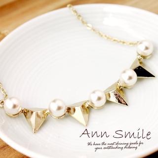 【微笑安安】韓製淡金色系珍珠立體三角墜項鍊  微笑安安
