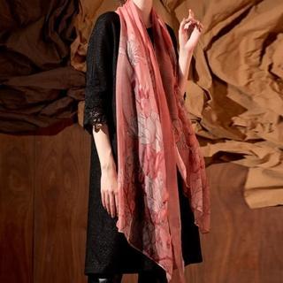 【PANGCHI 龐吉】羊毛蠶絲手工立體刺繡披肩(1720006/1820001/02)好評推薦  PANGCHI 龐吉