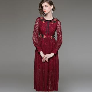 【a la mode 艾拉摩兒】酒紅蕾絲外縫玫瑰枝葉刺繡洋裝(M-2XL)真心推薦  a la mode 艾拉摩兒