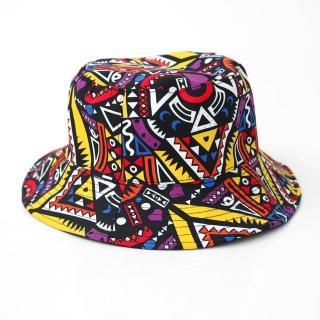 【玖飾時尚】滿版鮮豔彩色幾何圖型漁夫帽(漁夫帽)強力推薦  玖飾時尚