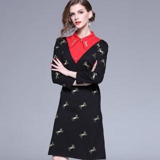 【a la mode 艾拉摩兒】翻領紅三角金馬刺繡金釦洋裝(S-2XL)  a la mode 艾拉摩兒