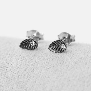 【玖飾時尚】水鑽葉子耳針耳環(銀飾)  玖飾時尚