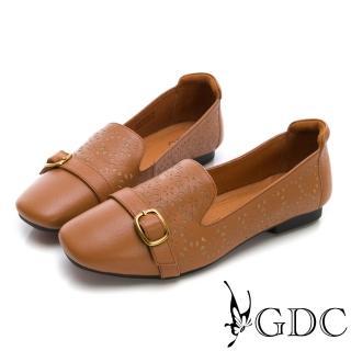 【GDC】真皮質感雕花素雅銅扣微方頭休閒鞋-棕色(824734)  GDC