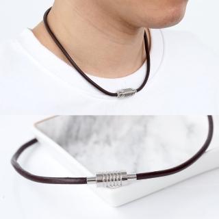 【玖飾時尚】極簡磁鐵頭鋼製皮革項圈(項鍊)  玖飾時尚