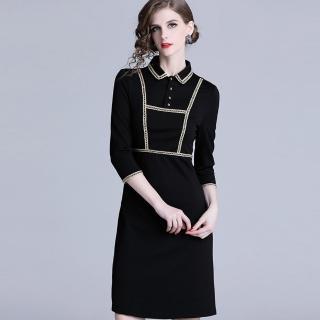 【a la mode 艾拉摩兒】土黃編織滾邊短排扣黑洋裝(S-2XL)  a la mode 艾拉摩兒