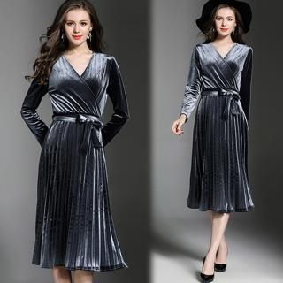【KEITH-WILL】V領收腰百褶連身素面洋裝(共1色)好評推薦  KEITH-WILL