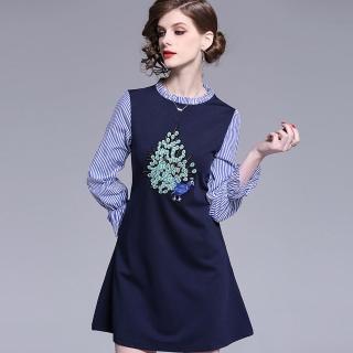 【a la mode 艾拉摩兒】深藍條紋藍孔雀綠開屏刺繡洋裝(S-2XL) 推薦  a la mode 艾拉摩兒