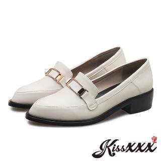 【KissXXX】優雅小尖頭縷空方塊金屬飾件粗跟淑女鞋(白)  KissXXX