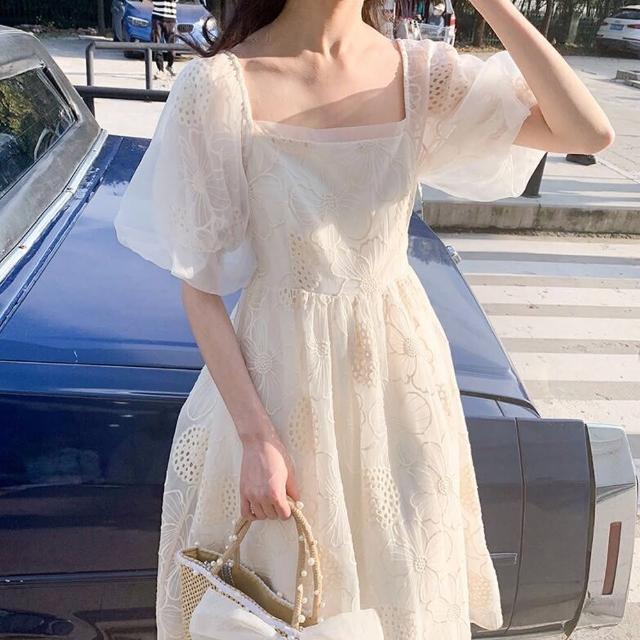 【BBHONEY】法式氣質顯瘦連衣裙名媛公主鏤空花朵洋裝(網美熱搜款)