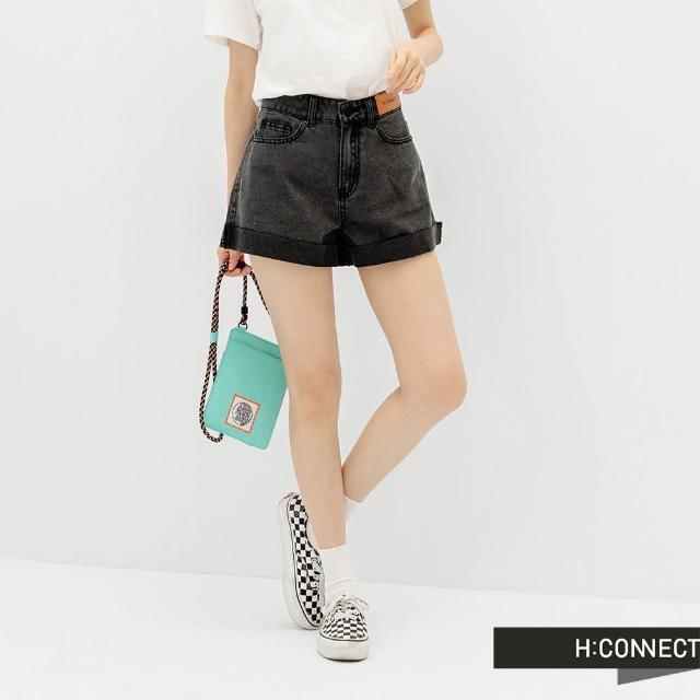 【H:CONNECT】韓國品牌 女裝 -A字剪裁高腰反褶牛仔短褲(黑色)