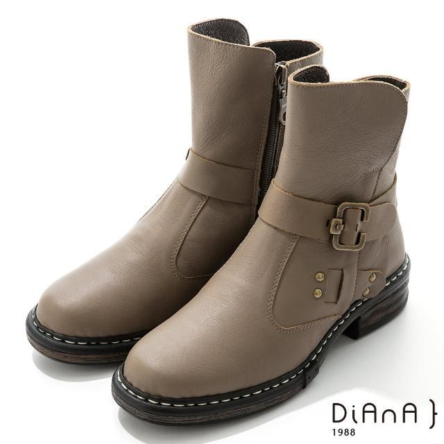 【DIANA】4.5cm 質感牛皮鉚釘皮帶環踝釦飾工程靴-率性自我(可可)