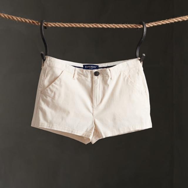 【Superdry】女裝 休閒短褲 Chino Hot Short(白)