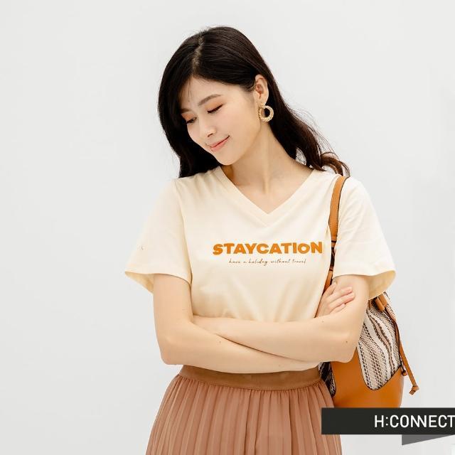 【H:CONNECT】韓國品牌 女裝 -率性V領英文字樣個性T恤(米)