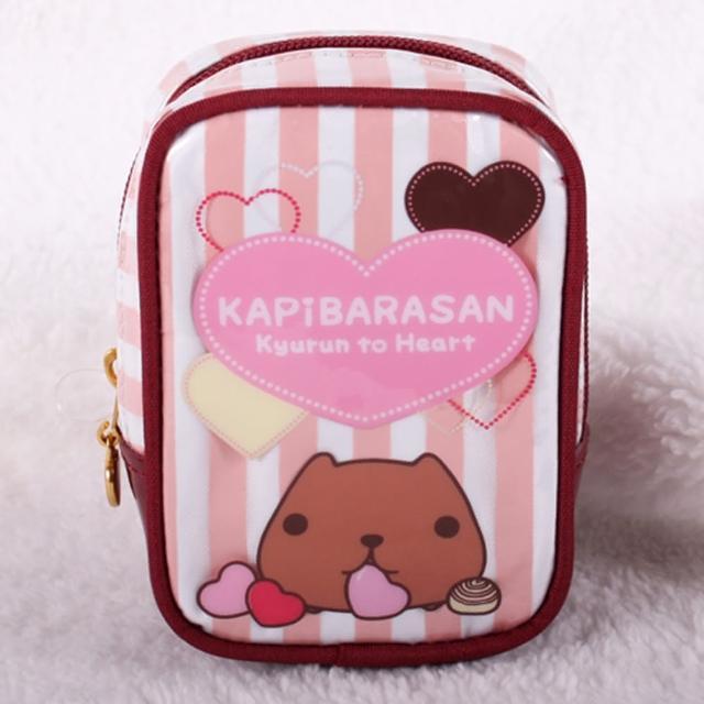 【Kapibarasan 】水豚君愛心印花直立化妝包
