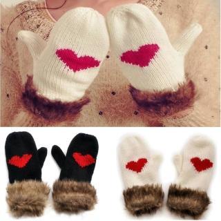【Verona】冬季新款可愛心心相映加厚保暖毛線手套(黑色/白色)