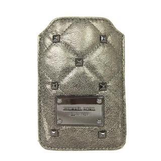 【MICHAEL KORS】鉚釘菱紋手機皮套(古銅)